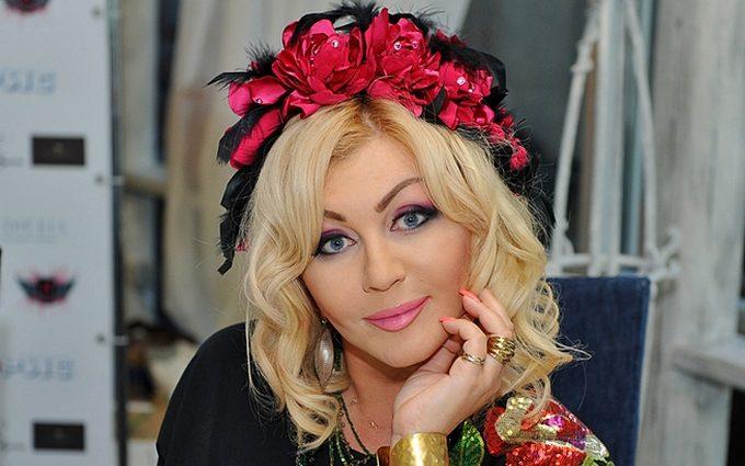 «Такой нежной женщине не место в этом аду»: Ирина Билык собирается в Президенты?