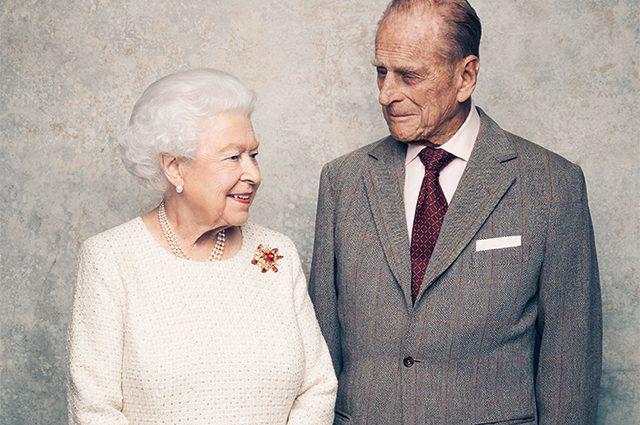 Супруг королевы Елизаветы принц Филипп умер: СМИ сообщили о трагической ошибке