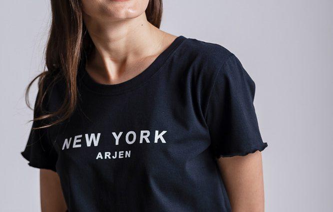 Must have: самые модные футболки на лето 2020